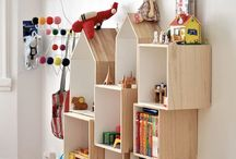 Toy Storage / Great collection of toy storage ideas to keep your child's room organized and chaos free