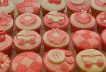 Cupcakes / by Hilary Boonstra