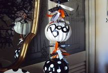 Halloween / Decoration, costumes, crafts, celebrations... / by Bairbre Aine