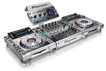 DJ & related stuff / by Pierre DFW