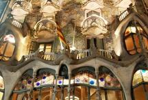 Gaudì  / Antoni Gaudí i Cornet architetto spagnolo, fu il massimo esponente del modernismo catalano.