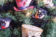 Christmas / by Cindy Beckett-Bustos