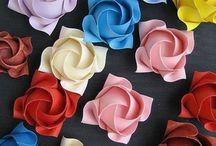 bloemen papier of crepe-papier
