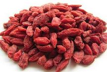Dried Fruits / Add dried fruits to your diet and make your diet more nutritious.