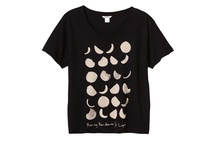 Fly me to the Moon / Products and illustrations all on the Moon theme. Great gift ideas.