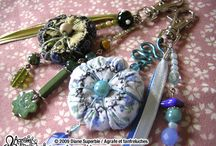 Beads and charms / Fanfreluches et breloques