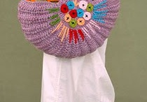 crochet bags / by Kimmy Burger