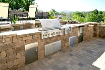 Outdoor Kitchens / Kitchens and Grill Stations created using Keystone Retaining Wall Systems products #Keystone #RetainingWalls #DIY #Landscape #RetainingWallSystems #HowTo #Outdoor #OutdoorKitchen