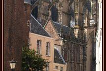 Utrecht / Foto's van de Domtoren, kerken, grachten etc. in de stad Utrecht