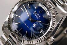 Vintage Bulova men's watch / 1980~9's old watches. Rare used watches. Vintage used watches. You can buy it now in ebay.