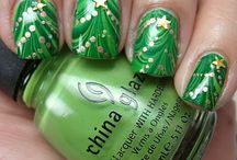 PRETTY NAILS TO TRY / by Debbie Howard