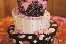 cakes / by Ashley Rampey