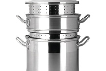 Cookware Sets / The best and most essential cookware sets for your kitchen, perfect for everyday use.