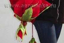 Роза с бутонами