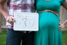 Maternity Photography / maternity photo shoot, gender reveal, girl or boy?, vintage maternity