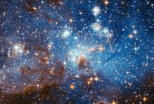 Luces del Universo / La luz no es más que ondas electromagnéticas compuestas por fotones con diferentes vibraciones las cuales son captadas por nuestros ojos permitiéndonos así descubrir el maravilloso mundo que nos rodea.