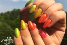 My nails, my world
