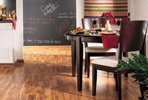 COLOR: Red Home Decor