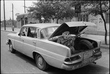Photographer - Abbas / Fotografo iraniano noto per i suoi reportage in Biafra, Vietnam e Sudafrica negli anni settanta, e per i suoi ampi saggi sulle religioni negli anni successivi.