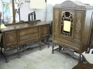 Antique Furniture / by Jessica Hendrick