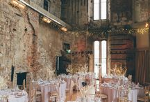 Castle wedding inspiration / Castle weddings are ideal for those brides who are wanting to have their fantasy wedding and want to experience being a princess for a day.
