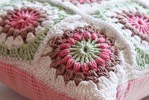 háček...................crochet