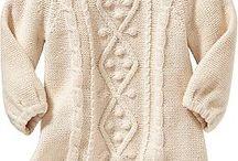 Детские свитера/платья