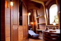 Diseño de interiores de barco / Para los que quieres aprovechar el alquiler barcos Barcelona, este es un recopilatorio de las imágenes más increíbles de diseño de interior de barcos.