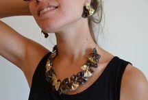 Bijoux sur pâtes / Création de bijoux à base de pâtes alimentaires.