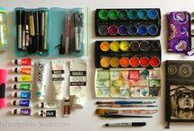 Festékek ceruzák és ilyesmi rajz eszközök
