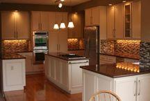 Kitchen / by Tiffany Plante