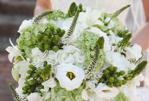 Pure Luxe Bride Bouquets / A peek at our favorite bouquets from past Pure Luxe Bride weddings! / by Pure Luxe Bride
