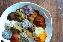 Spice blends and flavoured salts