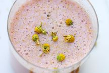 Smoothies/Juices / by Shannon Bon