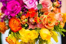 Bright Bouquets For the Wedding