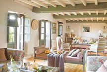 Spanish House / Casas espanholas