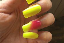 Nails manu
