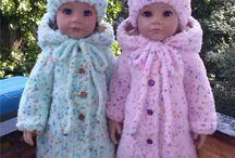 pletené oblečky na panenky