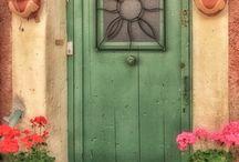 doors. ..