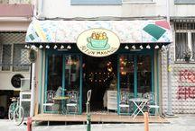 Best station! / Cafe