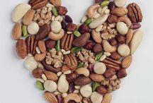 NUTrition / A healthy heart and a healthy weight; a handful of healthy nuts a day.