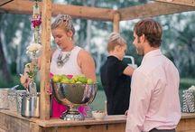 Mariages - Bars à thèmes / Tendance, quelle sera votre bar à cocktail pour votre mariage ? Sangria, bières, bonbons ? Retrouvez toutes les inspirations...