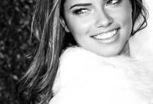 Adriana Lima black & white pictures
