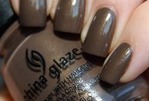 Nails, and polish, and glam oh my! / by Alyssa Malone