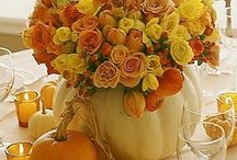 Thanksgiving Tablescapes / Fun ways to dress up your Thanksgiving table