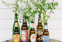 garrafas e flores