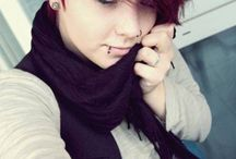 cool hair / idk mate just rlly cool hair
