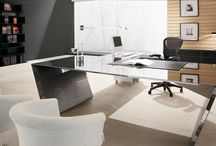 Office Design / Our furniture range has been designed and manufactured to the highest standards using some of the finest materials and finishes available. From traditional over-stuffed sofas and armchairs, hand painted consoles, dining tables, and sleek storage to the latest modular sofas.