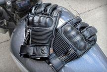 gants et équipements moto