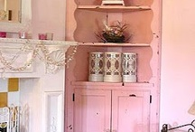 Blush pink and winter berry